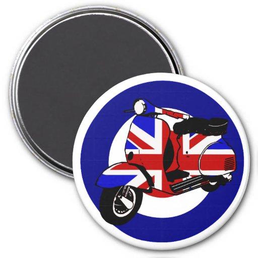 British mod scooter on target magnet