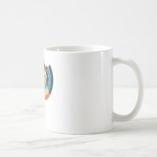 Broken circle design coffee mug