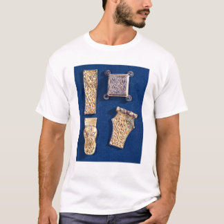 Brooch and buckles T-Shirt