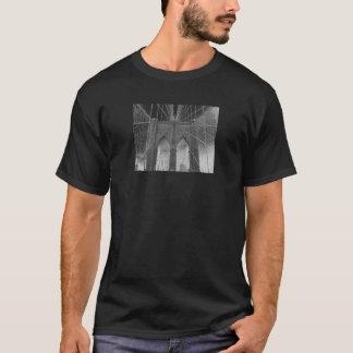 Brooklyn Bridge 150 Dark T-Shirt