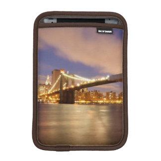 Brooklyn Bridge and Manhattan at Night. iPad Mini Sleeve