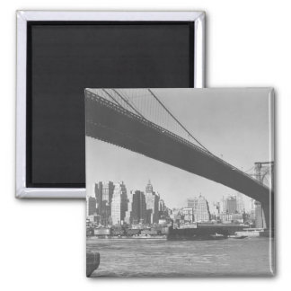 Brooklyn bridge and Manhattan skyline New York Magnet