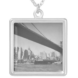 Brooklyn bridge and Manhattan skyline New York Silver Plated Necklace