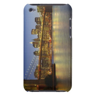Brooklyn Bridge and New York City buildings Case-Mate iPod Touch Case