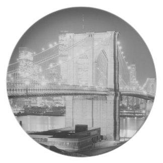 Brooklyn Bridge Black & White Plate