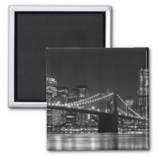 Brooklyn Bridge Black/White Skyline Magnet