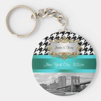 Brooklyn Bridge Blk Wht Houndstooth 2 Key Chain