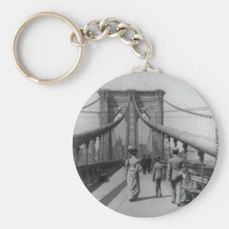 Brooklyn Bridge Crossing Key Ring