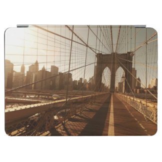Brooklyn Bridge. iPad Air Cover