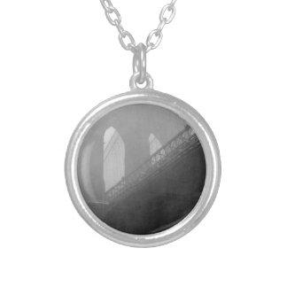 Brooklyn Bridge Top-Fog Silver Plated Necklace