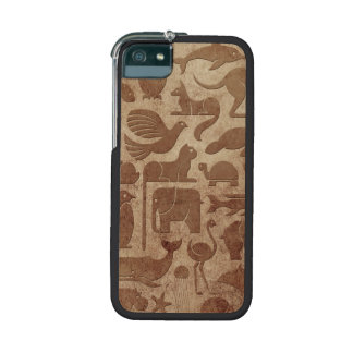 Brown Aged and Worn Animal Kingdom Pattern Cover For iPhone 5/5S