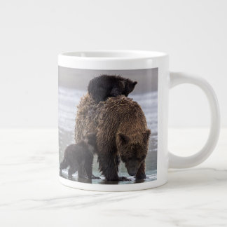 Brown Bear | Lake Clark National Park Large Coffee Mug