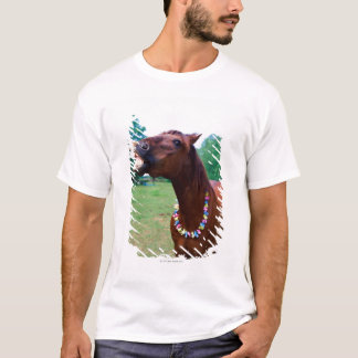 Brown horse wearing necklace, baring teeth, T-Shirt