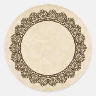 BROWN Lace Circle Style 4 ECRU Background C02 Round Sticker