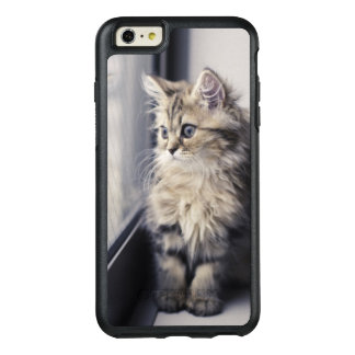 Brown Persian Kitten Looking Out Window OtterBox iPhone 6/6s Plus Case