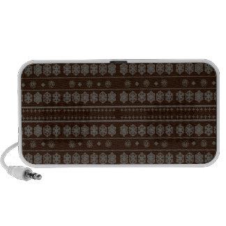Brown snowflake pattern travelling speaker