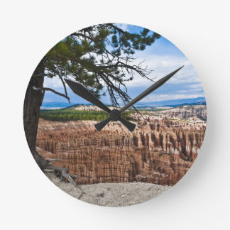 Bryce Canyon Round Clock