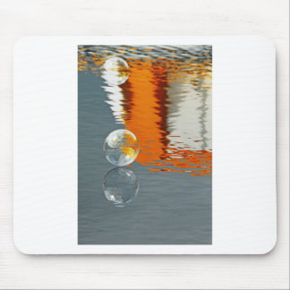 Bubbles Reflecting in Water Mouse Pad