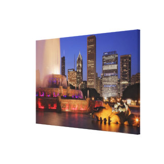 Buckingham Fountain at Dusk Stretched Canvas Prints