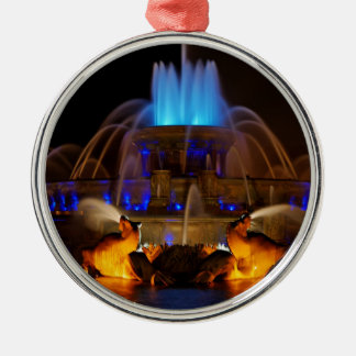 Buckingham Fountain - Blues Silver-Colored Round Decoration
