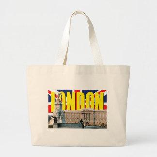 Buckingham Palace-London Tote Bags