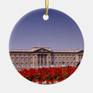Buckingham Palace, London, England flowers Round Ceramic Decoration