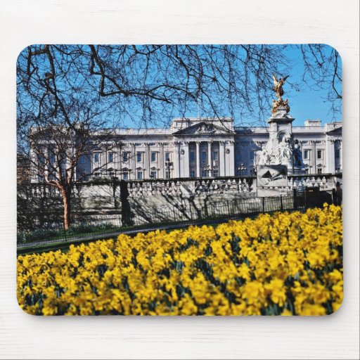 Buckingham Palace, London  flowers Mouse Pads