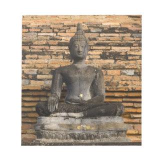 Buddha at Wat Mahathat. Notepads