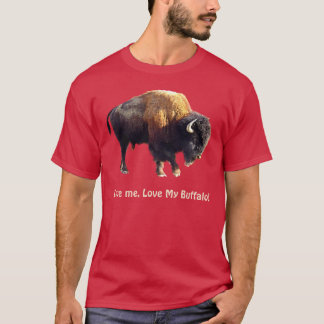 Buffalo Loving Wildlife Supporter Art T-Shirt