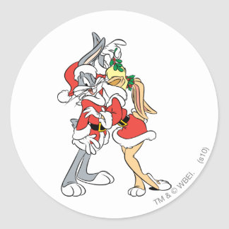 BUGS BUNNY™ and Lola Mistletoe Kiss Classic Round Sticker