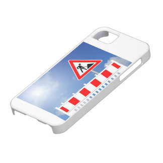Building site, building site closing and building case for the iPhone 5