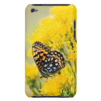 Bull Moose jousting in field with Cottonwood Trees Case-Mate iPod Touch Case