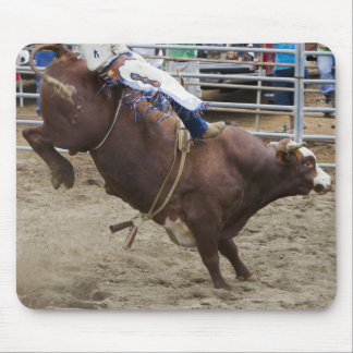 Bull rider at rodeo mouse mat