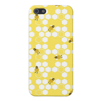 Bumble Bee and Honeycomb Print iPhone 5/5S Cover