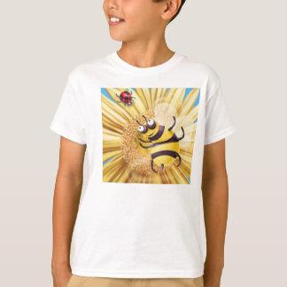 BUMBLE BEE LOVING THE LADY BIRD T-Shirt