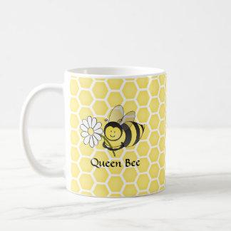 Bumble Bee with Daisy Basic White Mug