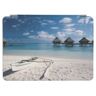 Bungalows from beach Motu Toopua iPad Air Cover