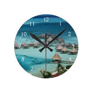 Bunglows of Beachcomber Hotel Round Clock