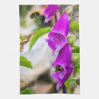 Busy Bees in Scotland Tea Towel