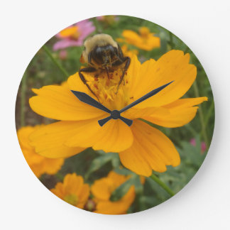 Busy lil Bee Clock