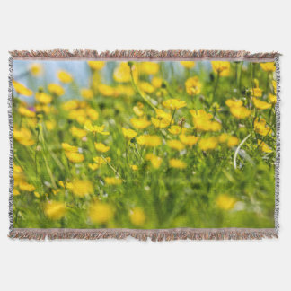 Buttercups in motion throw blanket