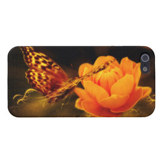 Butterfly Landing on Flower iPhone 5 Cover