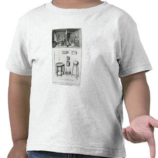 Buttons maker & lace maker tee shirts