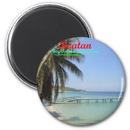 Buttons of Roatan, Bay Islands, Honduras 6 Cm Round Magnet