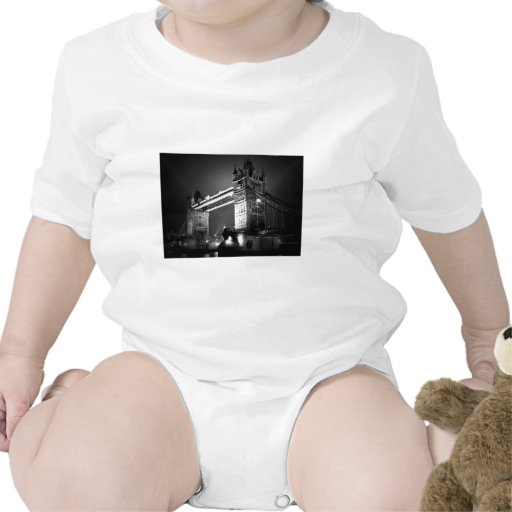 BW Black & White London Tower Bridge T Shirts
