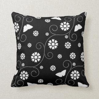 BW Floral N White Throw Cushions