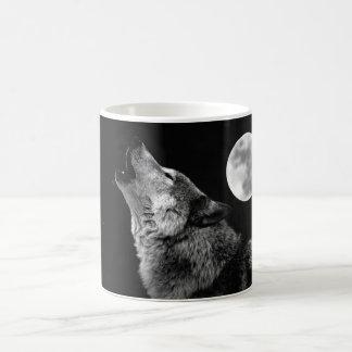 BW Wolf Howling at Moon Basic White Mug