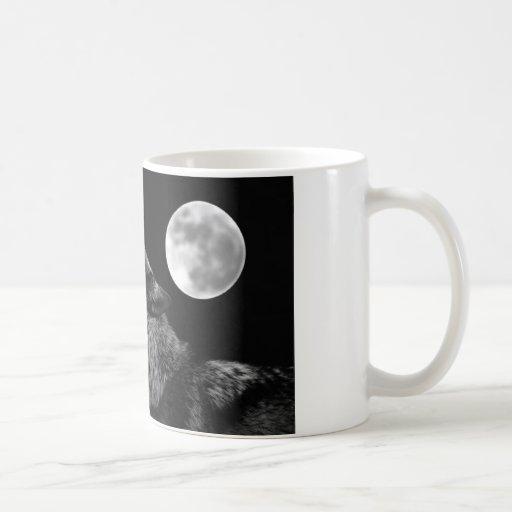 BW Wolf Howling at Moon Coffee Mugs