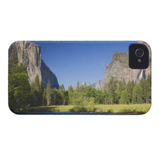 CA, Yosemite NP, Valley view with El Capitan, Case-Mate iPhone 4 Case
