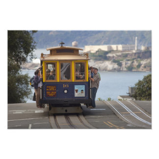 Cable car chugs up Hyde Street in San Photo